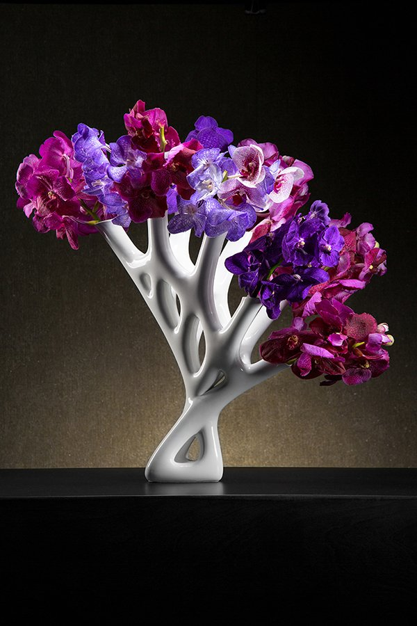 Aprilli Flower Vase Collection gets filled with Floral Art